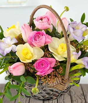 Pretty Spring Basket
